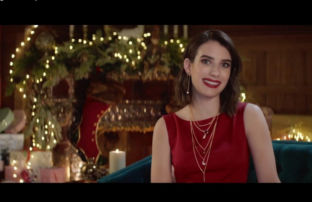 Эмма Робертсв новогодней рекламеTous