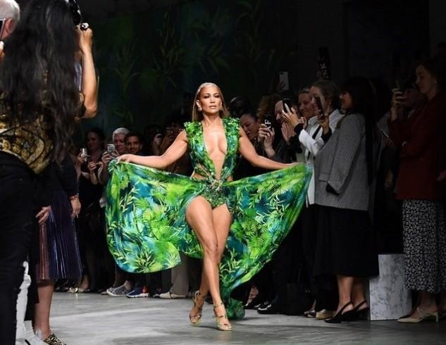 Versace подал иск на масс-маркет: почему культовое платье Дженнифер Лопес стало предметом судебного спора?