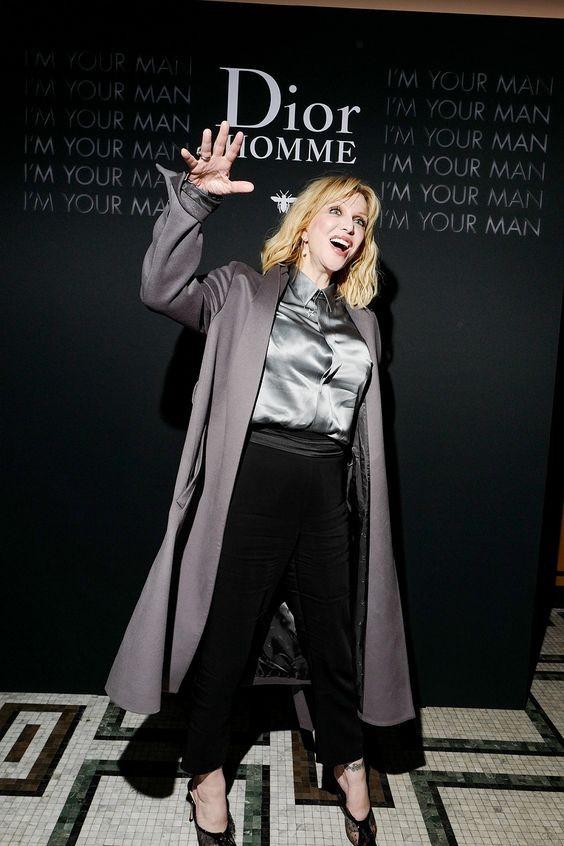 В честь презентации нового аромата: Роберт Паттинсон, Белла Хадид, Кейт Мосс и другие селебрити на вечеринке Dior - фото №6