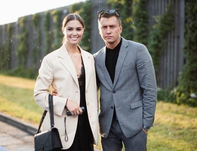 Официально: Павел Прилучный и Агата Муцениеце расстались после 8 лет брака