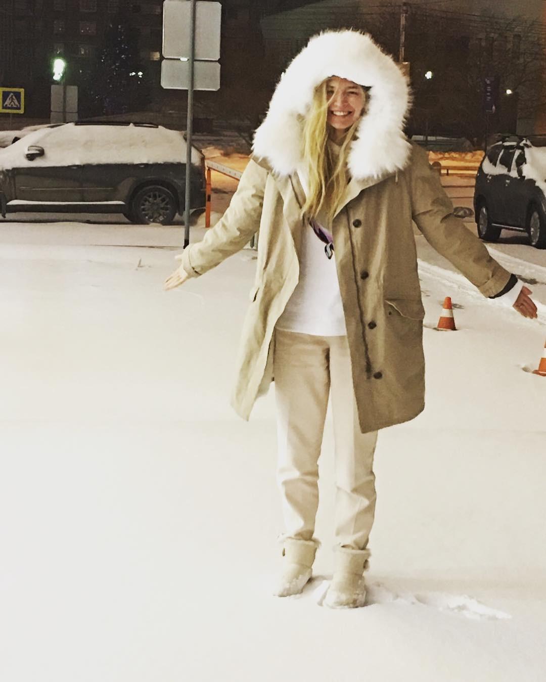 Вере Брежневой — 38: эволюция стиля певицы - галерея №7 - фото №26