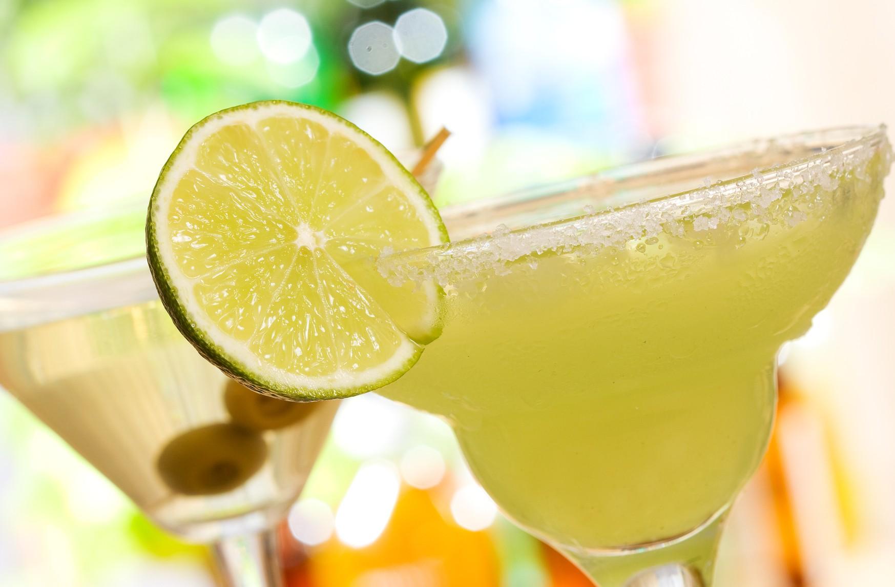 Поклонение Св. Аманду или международный день бармена. 5 рецептов популярных напитков - фото №4