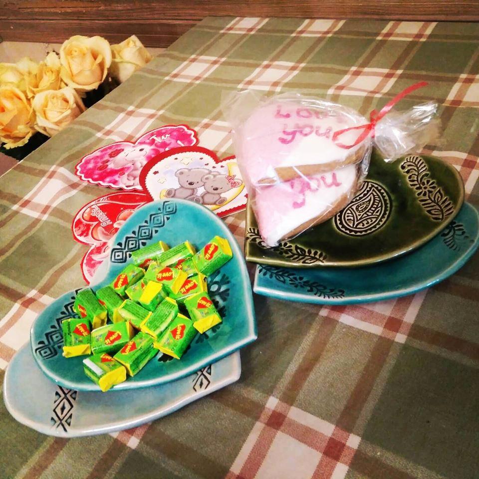 День Валентина: фото звезд на 14 февраля - День всех влюбленных Ким Кардашьян, семейство Бэкхемов, Маша Ефросинина и Потап