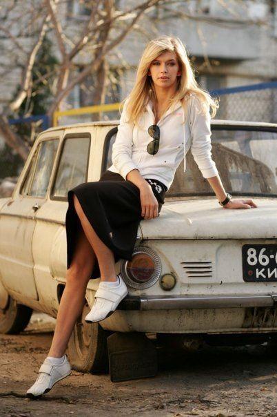 Вере Брежневой — 38: эволюция стиля певицы - галерея №7 - фото №1