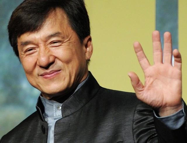 Джеки Чан прокомментировал информацию о своем заражении коронавирусом