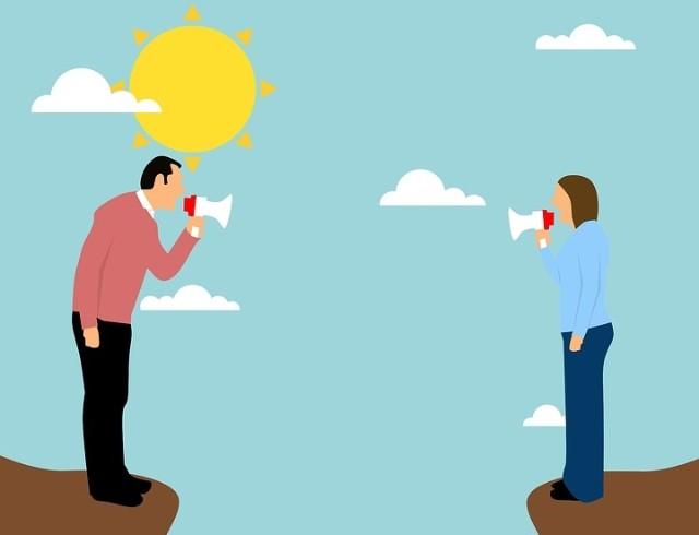 """Колонка психолога """"О чем молчат женщины"""": Развод на карантине — почему сложно находиться вместе в одной квартире"""