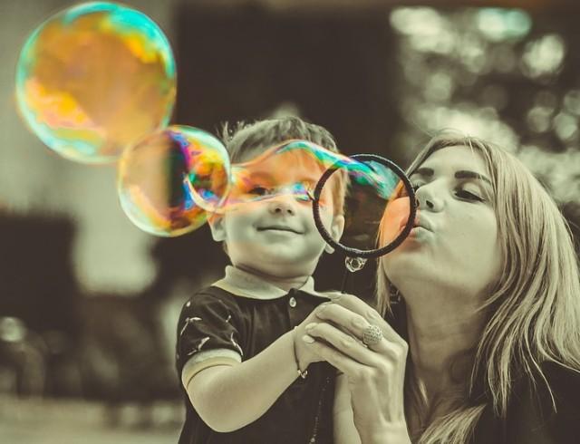 """Колонка психолога """"О чем молчат женщины"""": как маме-одиночке рассказать ребенку о новых отношениях"""